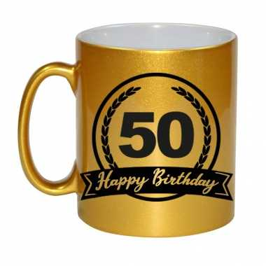 Happy birthday 50 years gouden cadeau mok / beker met wimpel 330 ml